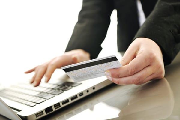 кредит на карту онлайн срочно 500000